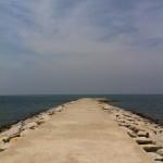 岩井海岸の突堤